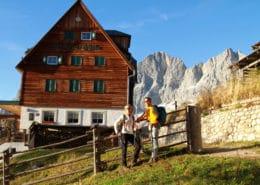 Austriahütte und Dachstein